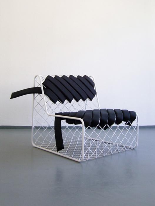 metalinė kėdė