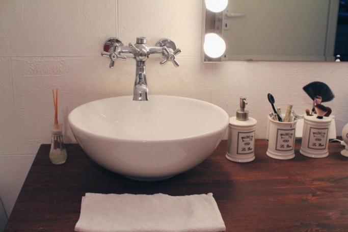 industrinio stiliaus vonia