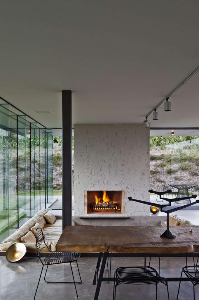 namas dideliais langais gamta