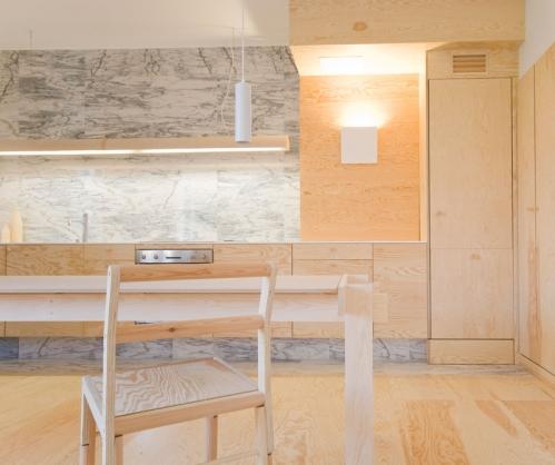 fanera virtuvės baldai