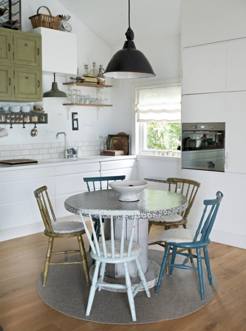 virtuvės stalas sodybai