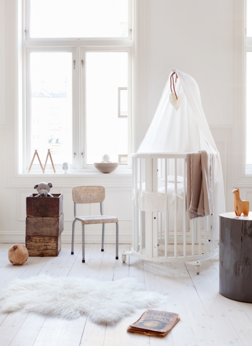 scandinavian kid's room