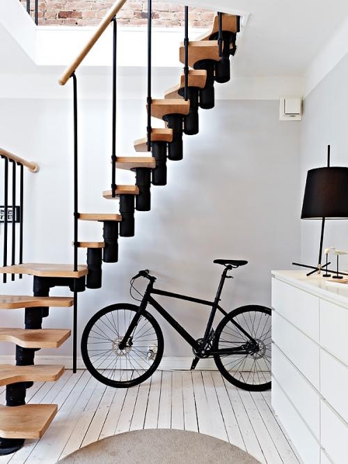 dviratis- interjero detalė