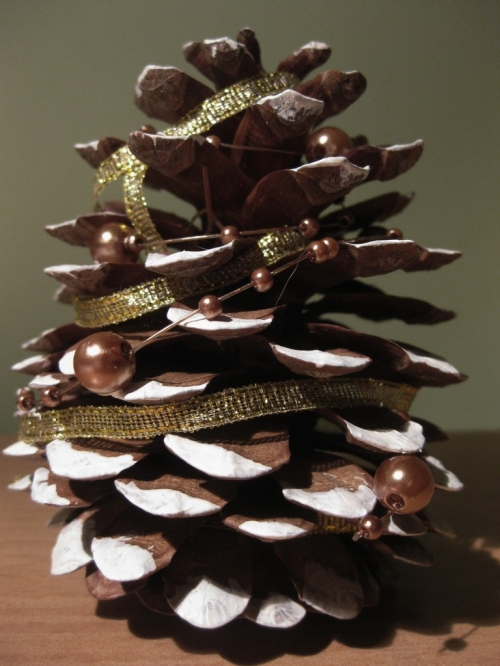 pinecone DIY