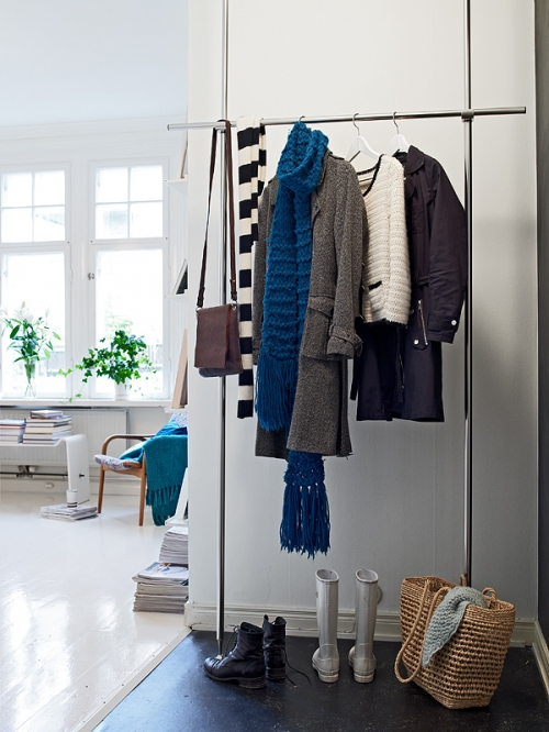 simple coat hanger
