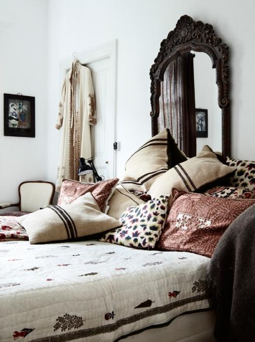 pagalvės miegamajame