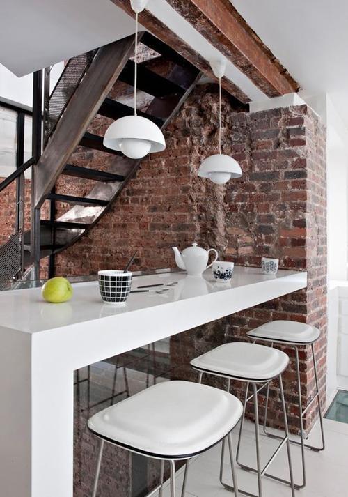 Virtuvė su baru