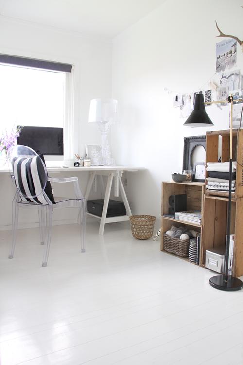 baltos grindys