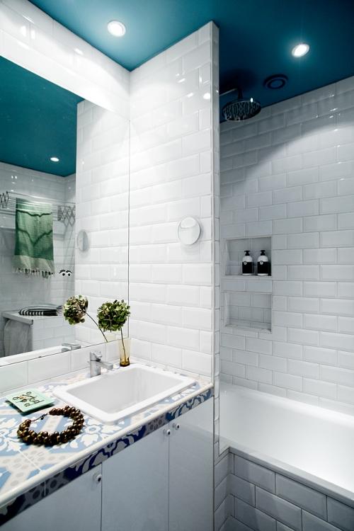 vonia mažame vonios kambaryje