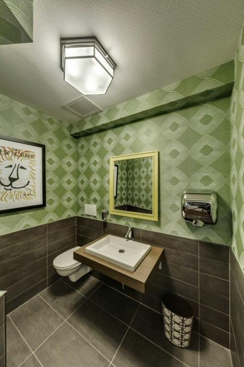 green walls bathroom