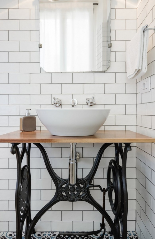 bathroom table ideas