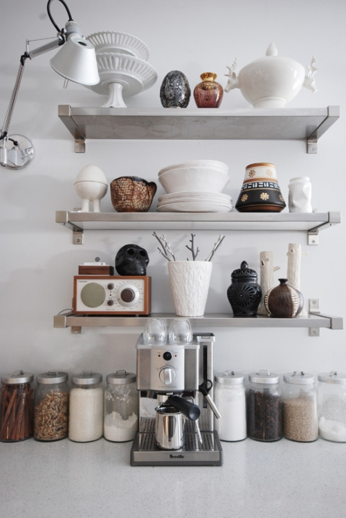 kitchen pantry (2)