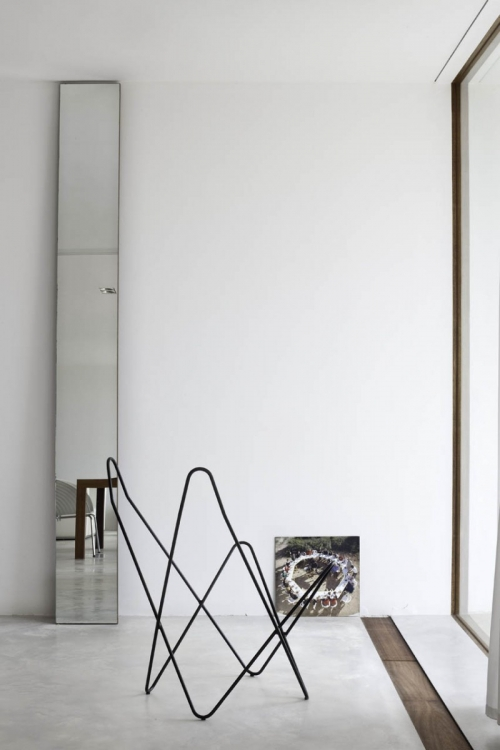 minimalistic mirror