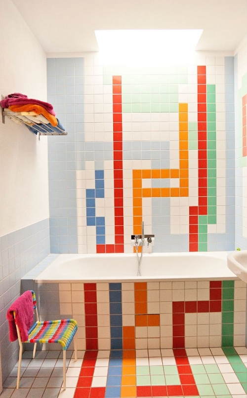 colorful bathroom tiles