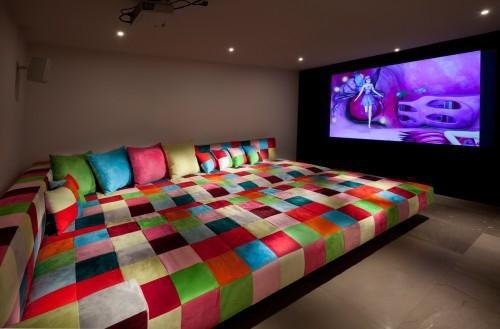 kambarys kino teatrui
