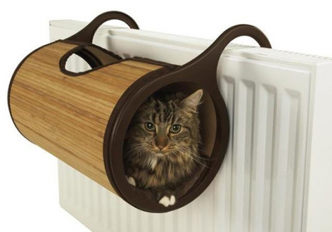 cat's house on radiator