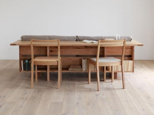 sofa ir stalas viename