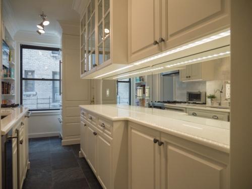 balti virtuves baldai