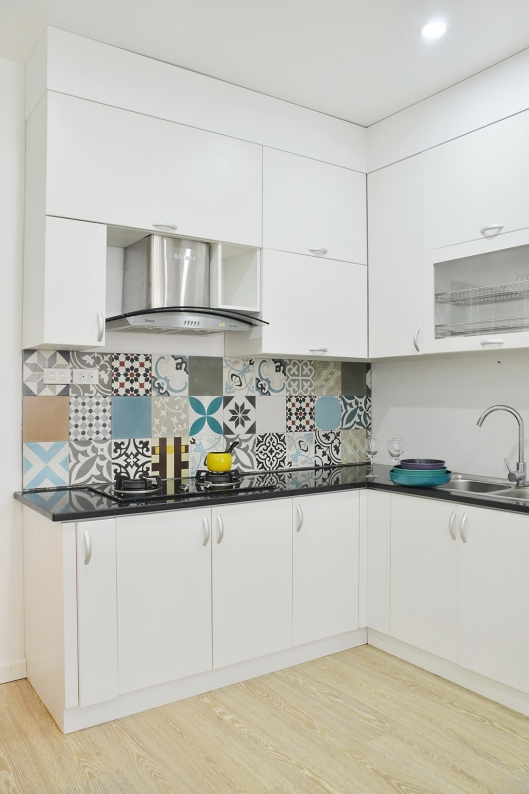 patterned tiles in the kitchen
