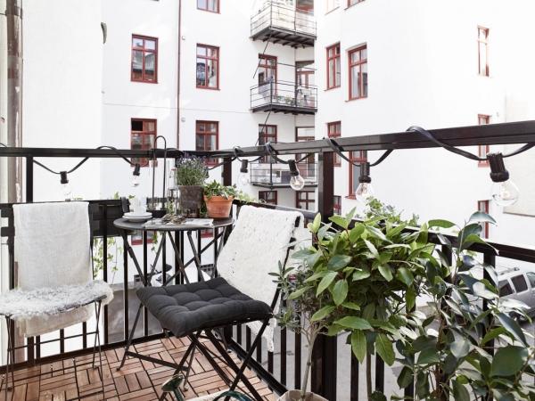 mazas balkonas