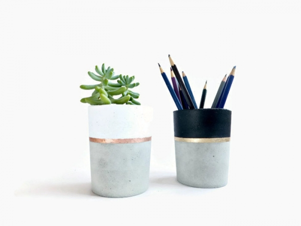 pencil holder from concrete