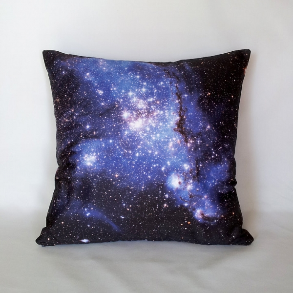 cosmo pillow space