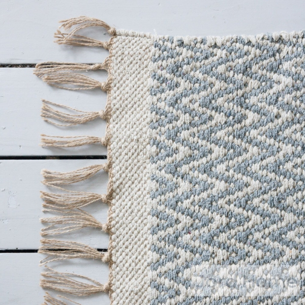 scandinavian style carpet