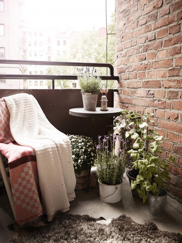 mazo balkono idejos