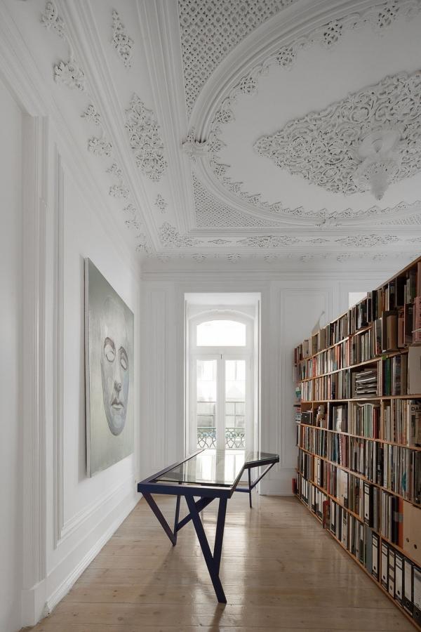 modern furniture classic space