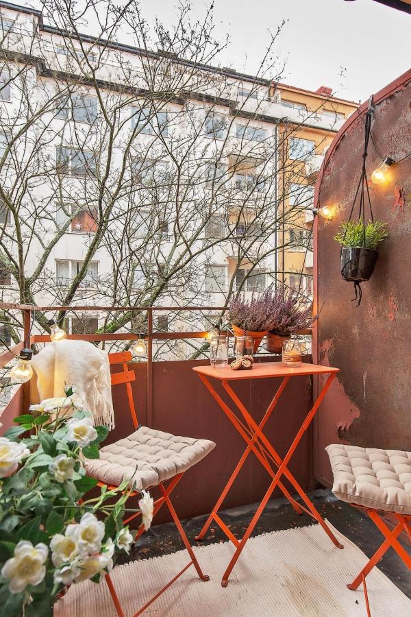 ryskus balkono baldai