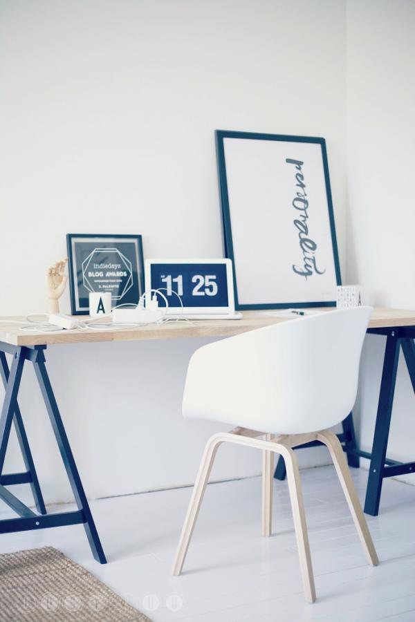 minimalistine darbo vieta