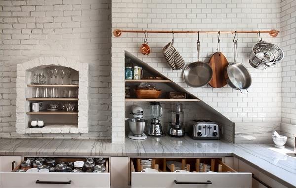 nisos virtuveje
