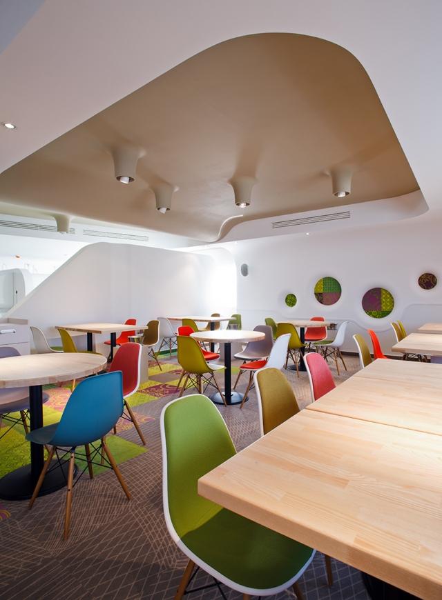 restaurant interior colors