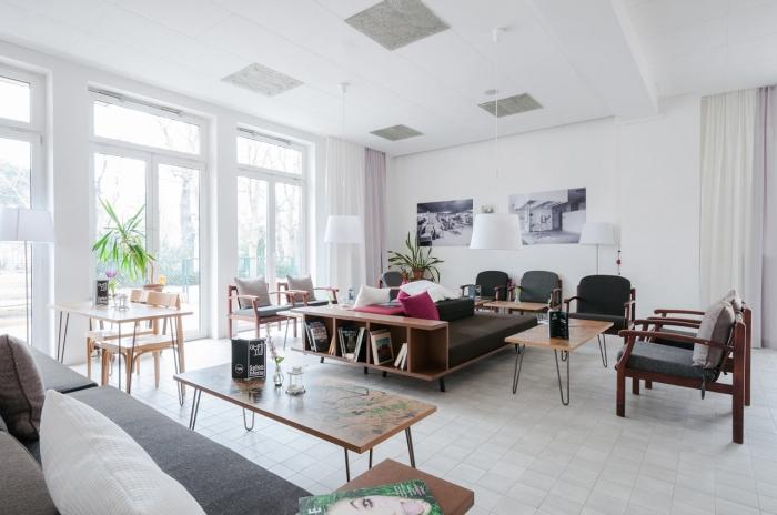 hotel for refugees
