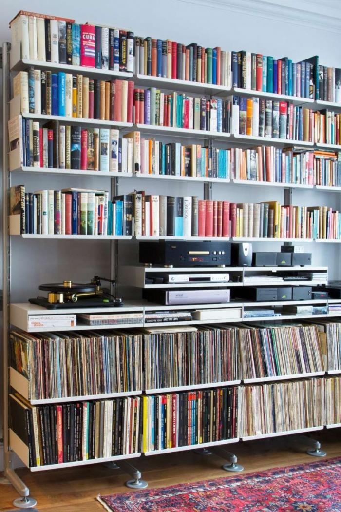 shelf for vinyl records