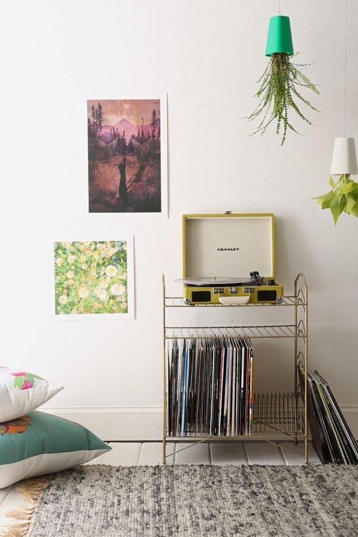 vinyl records table