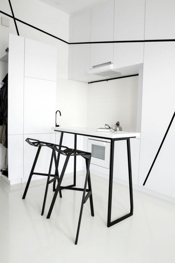 juoda balta virtuve