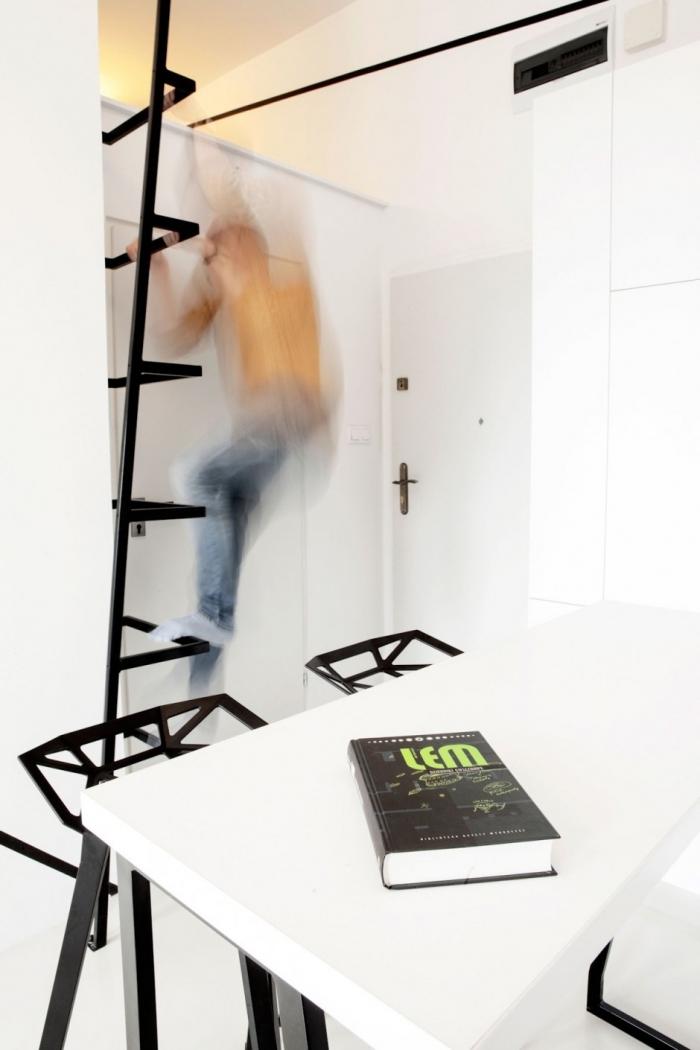 laiptai i antresole