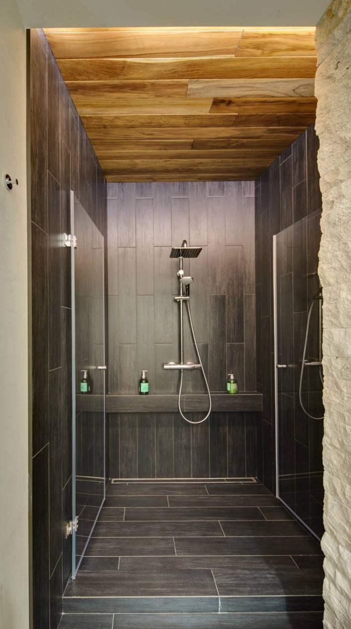 tiles in shower