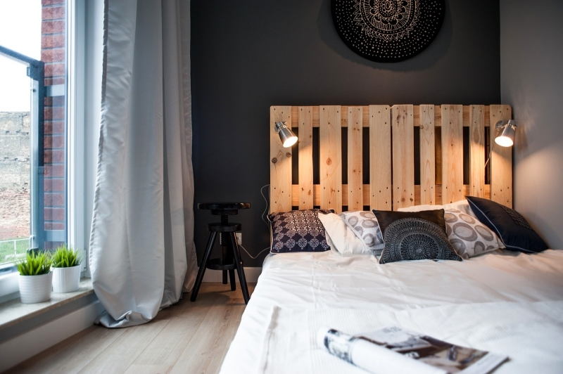 euro pallets in bedroom