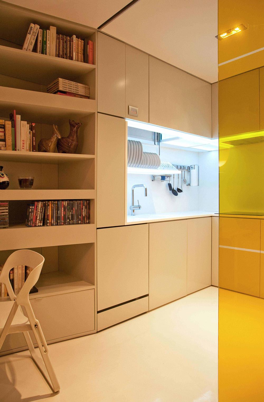Minimalist kitchen decorating ideas for small apartment decobizz com - Archdaily Com Small Apartment