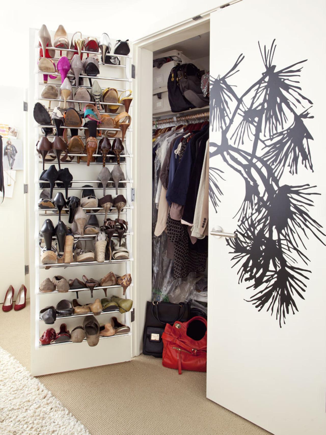 polliwogspondcom shoes on doors Dorm room