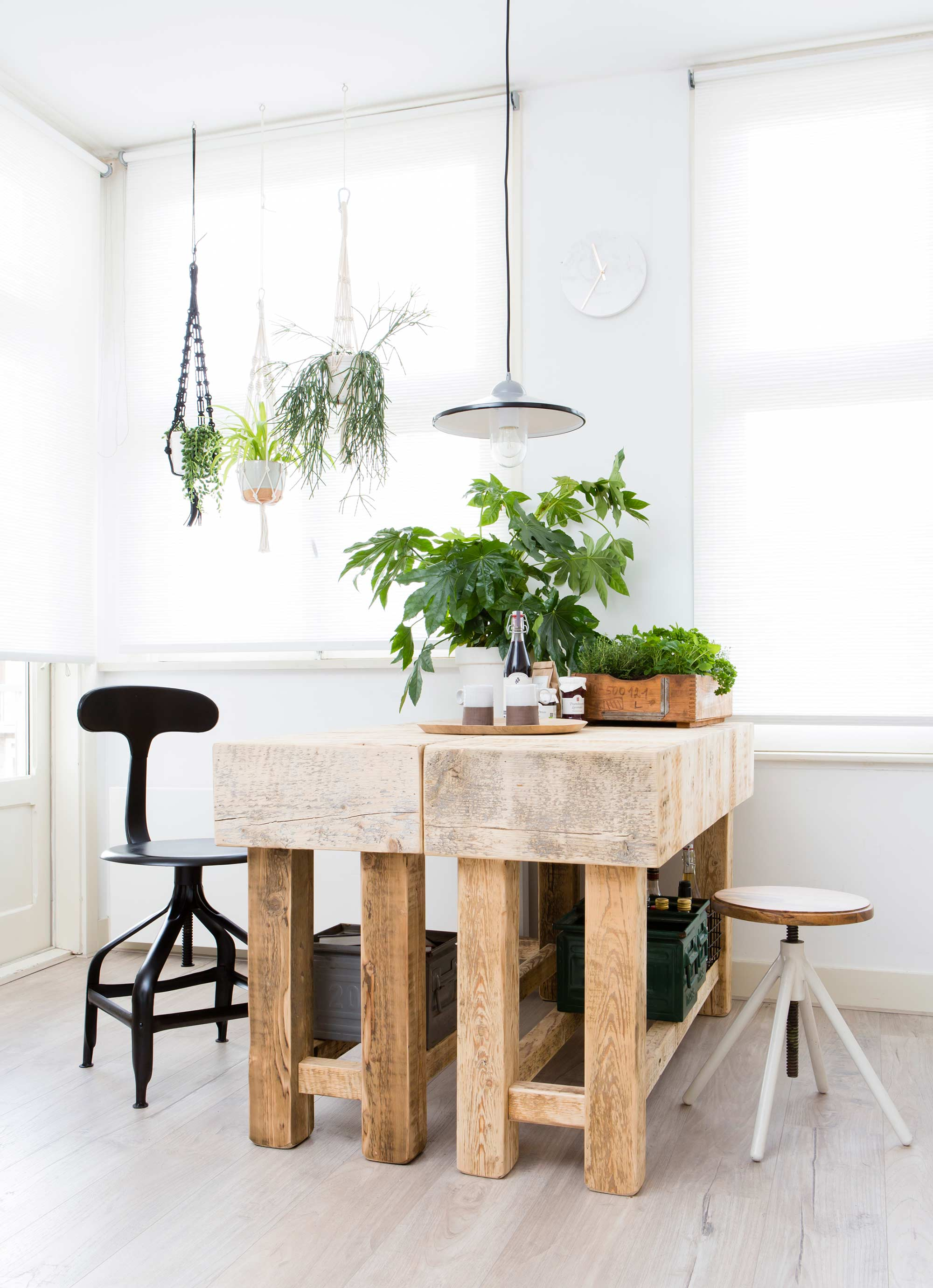 Natural wood furniture viskas apie interjerą