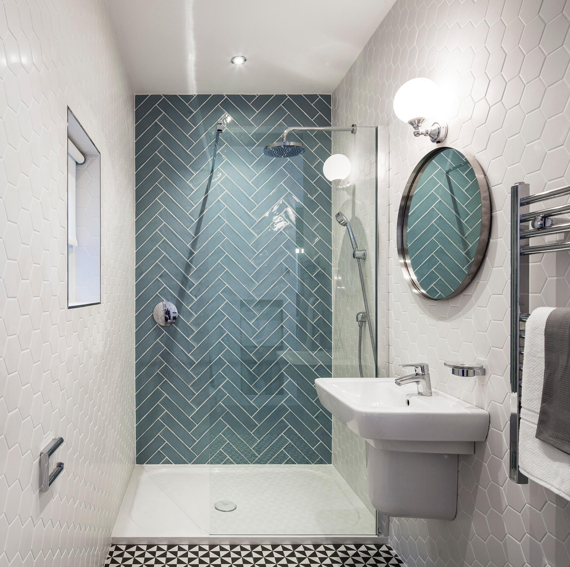 3 tips how to mix and match tiles in bathroom - Viskas apie interjerą